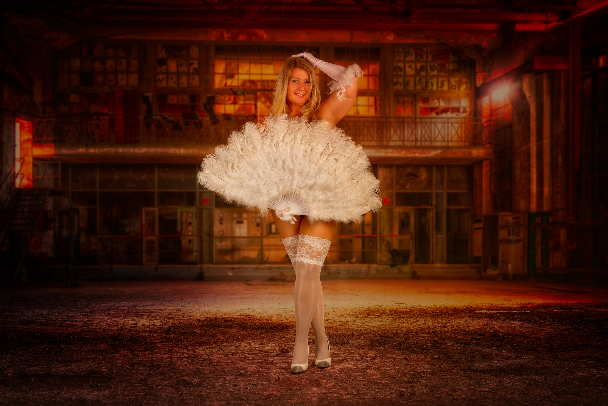 Burlesque Fotoshooting Curvy Woman